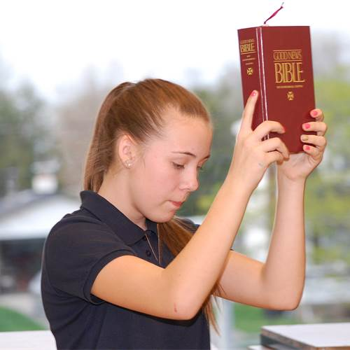 Intermediate Scripture Reading event invites students, through Scripture, to proclaim faith